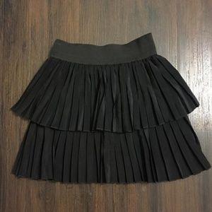 Zara Black Pleated Knee-Length Skirt